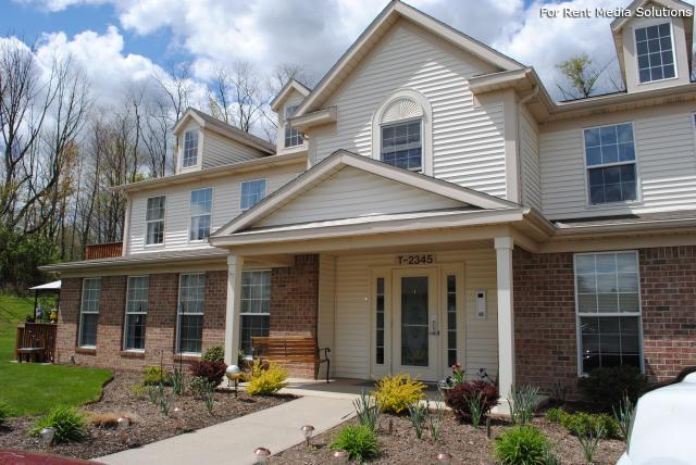 Potters Creek Apartments, Alliance, OH, 44601: Photo 1