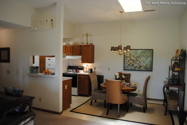 Potters Creek Apartments, Alliance, OH, 44601: Photo 7