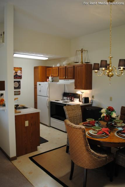 Potters Creek Apartments, Alliance, OH, 44601: Photo 9