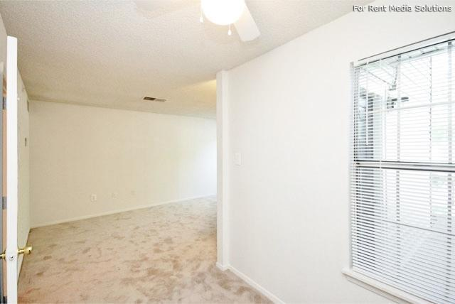 Maple Springs Apartment Homes, Henrico, VA, 23228: Photo 28