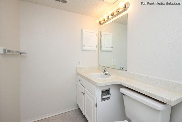 Maple Springs Apartment Homes, Henrico, VA, 23228: Photo 40