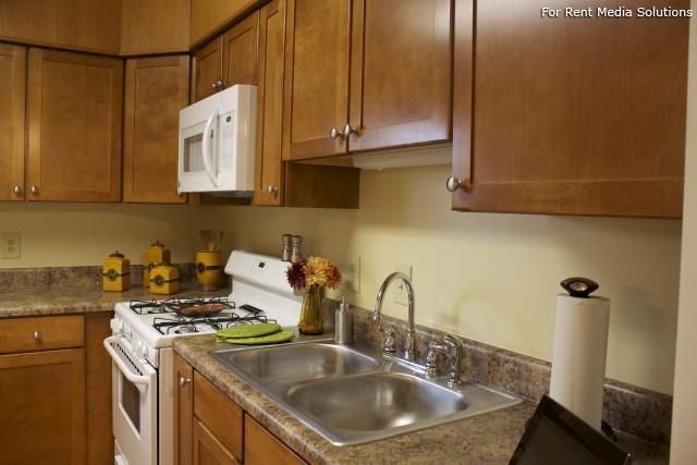 Crown Point Townhomes, Norfolk, VA, 23502: Photo 6