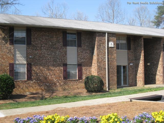 Carolina Apartments, Carrboro, NC, 27510: Photo 8