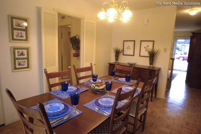 Crown Point Townhomes, Norfolk, VA, 23502: Photo 10