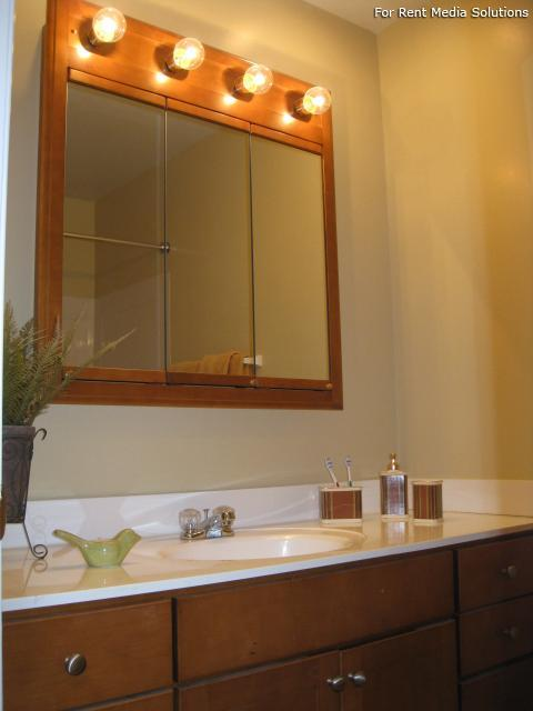 Crown Point Townhomes, Norfolk, VA, 23502: Photo 13
