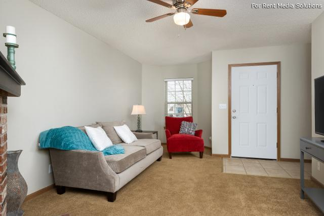 Windsor Townhomes, Olathe, KS, 66062: Photo 6
