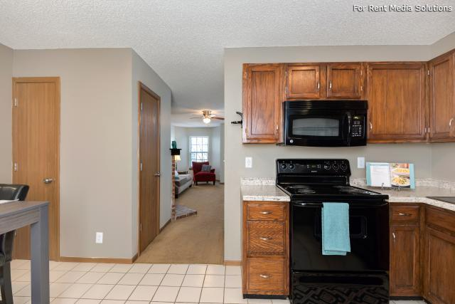 Windsor Townhomes, Olathe, KS, 66062: Photo 8