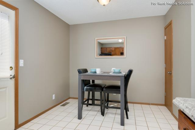 Windsor Townhomes, Olathe, KS, 66062: Photo 10