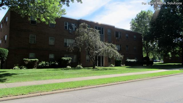 Willogrove Apartments, Willoughby, OH, 44094: Photo 1
