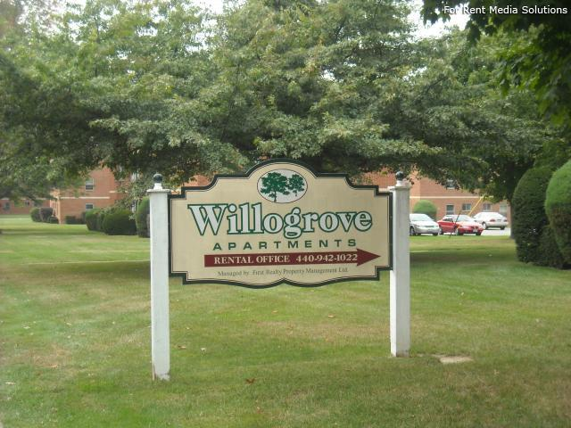 Willogrove Apartments, Willoughby, OH, 44094: Photo 2