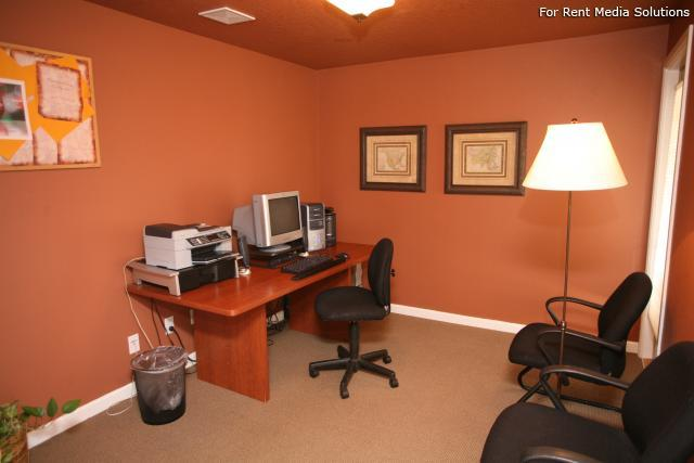 Forest Ridge Apartment Homes, Salem, OR, 97302: Photo 2