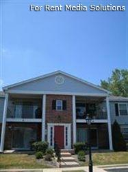 Camelot Apartments, Crystal Lake, IL, 60014: Photo 1