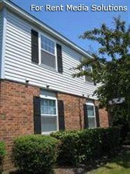 Camelot Apartments, Crystal Lake, IL, 60014: Photo 2