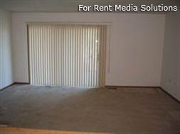 Camelot Apartments, Crystal Lake, IL, 60014: Photo 3