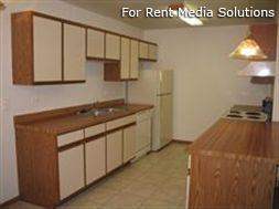 Camelot Apartments, Crystal Lake, IL, 60014: Photo 7