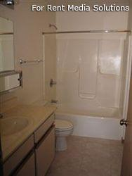 Camelot Apartments, Crystal Lake, IL, 60014: Photo 8