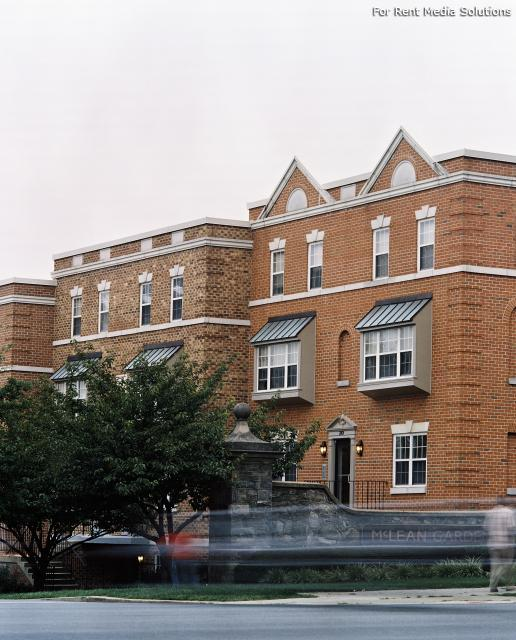 Vaughan Place at McLean Gardens, Washington, DC, 20016: Photo 12