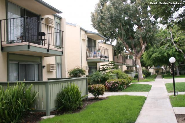 Orangewood Villa Apartments, Orange, CA, 92867: Photo 18