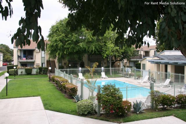 Orangewood Villa Apartments, Orange, CA, 92867: Photo 19