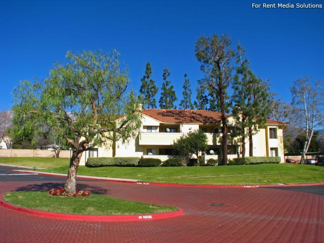 Woodbend, Rancho Cucamonga, CA, 91701: Photo 5