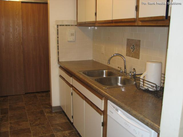 The Woodlands, Cottage Grove, MN, 55016: Photo 11