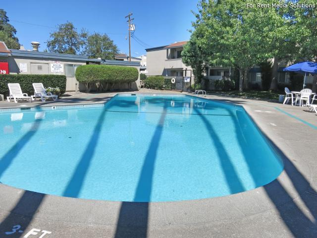 Oakpoint Apartments, Carmichael, CA, 95608: Photo 3