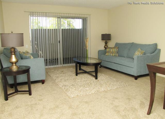 Oakpoint Apartments, Carmichael, CA, 95608: Photo 5