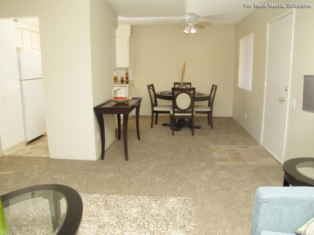 Oakpoint Apartments, Carmichael, CA, 95608: Photo 6