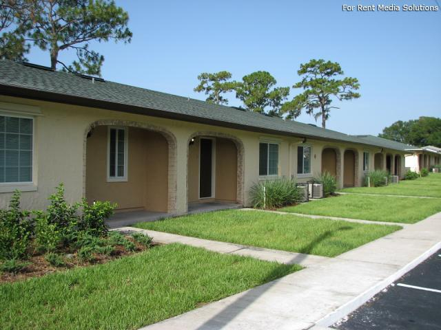 Emerald Villas, Orlando, FL, 32808: Photo 11