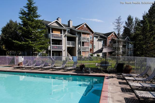 Heatherwood Apartments, Gresham, OR, 97080: Photo 3