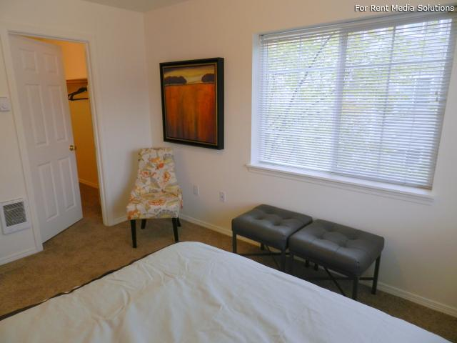 Heatherwood Apartments, Gresham, OR, 97080: Photo 13