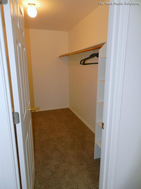 Heatherwood Apartments, Gresham, OR, 97080: Photo 15