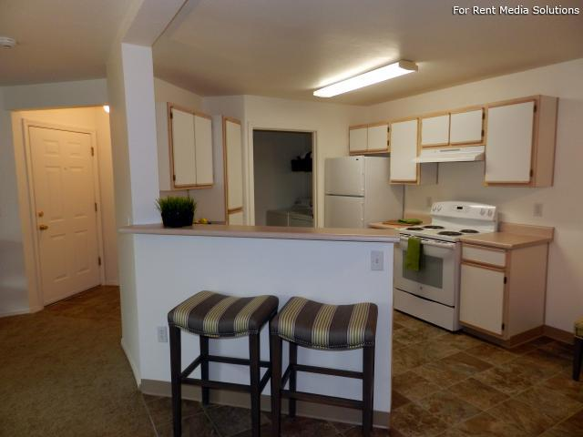 Heatherwood Apartments, Gresham, OR, 97080: Photo 18