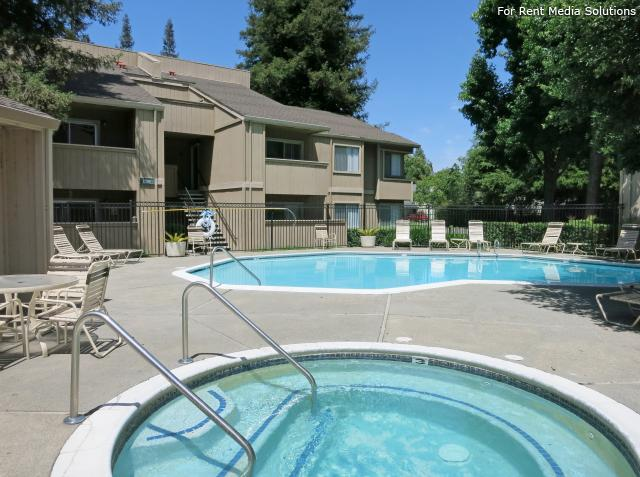 Oak Pointe Apartments, Sacramento, CA, 95833: Photo 7