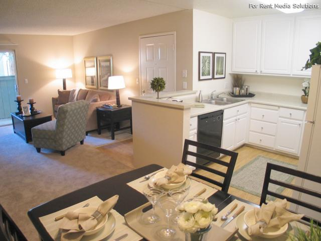 Oak Pointe Apartments, Sacramento, CA, 95833: Photo 15