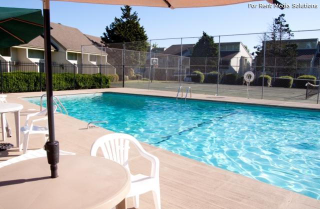 Meadowlawn Apartments, Salem, OR, 97317: Photo 5