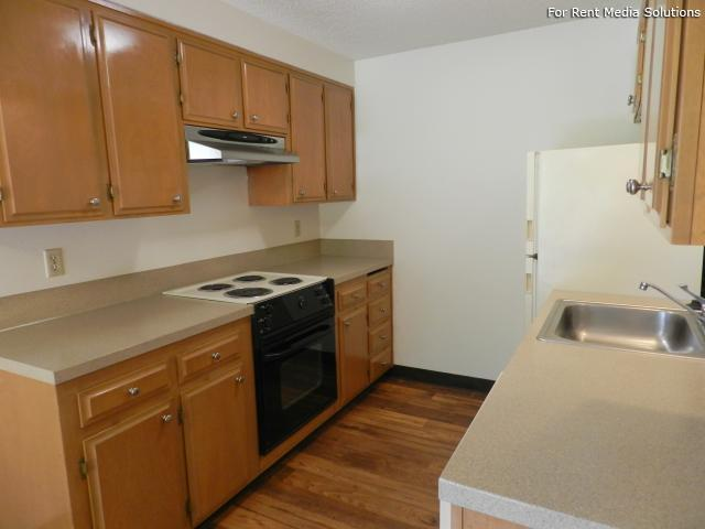 Meadowlawn Apartments, Salem, OR, 97317: Photo 19