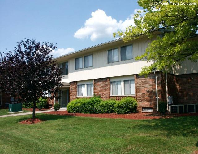 Huntington on the Hill Apartments, Westland, MI, 48185: Photo 5
