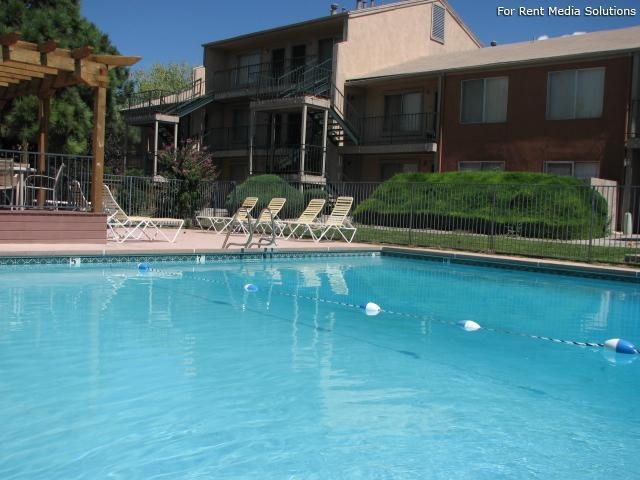 Pinewood Estates, Albuquerque, NM, 87110: Photo 13