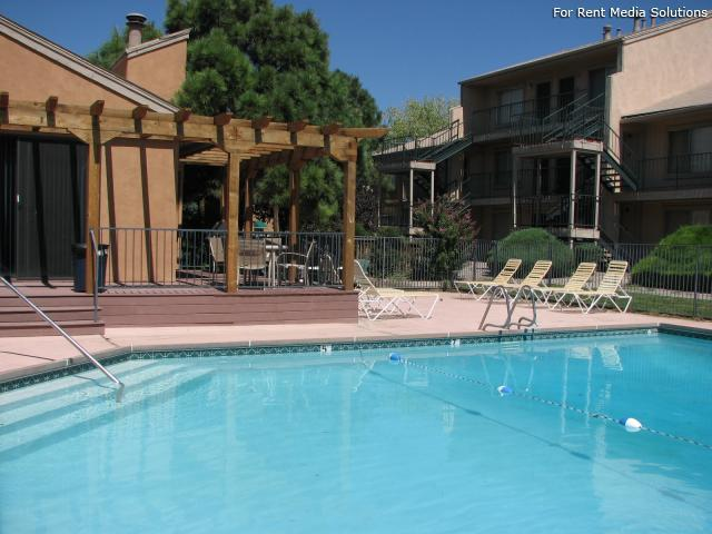 Pinewood Estates, Albuquerque, NM, 87110: Photo 14