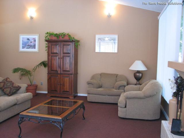 Pinewood Estates, Albuquerque, NM, 87110: Photo 20