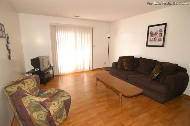 College Park Apartments, Lincoln, NE, 68505: Photo 4