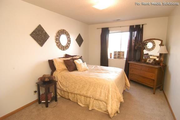 College Park Apartments, Lincoln, NE, 68505: Photo 6