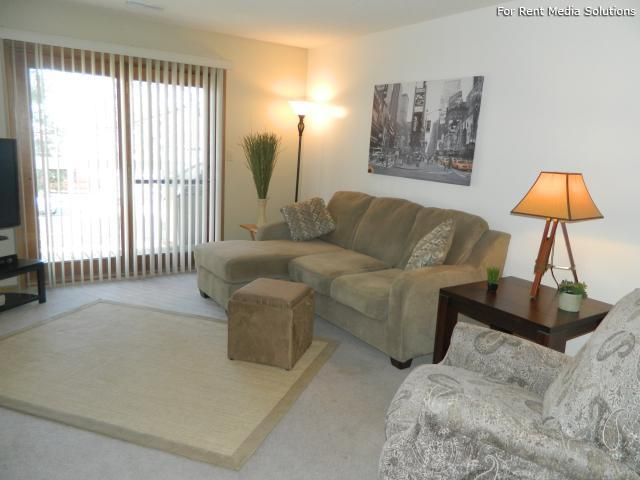 College Park Apartments, Lincoln, NE, 68505: Photo 9