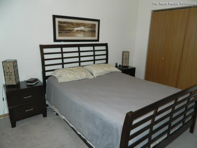 College Park Apartments, Lincoln, NE, 68505: Photo 15