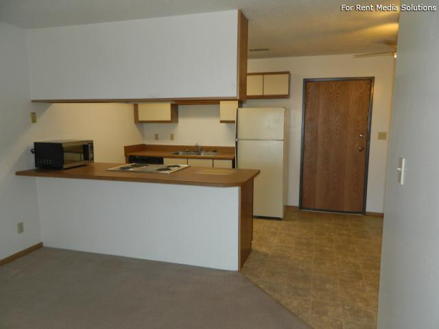 College Park Apartments, Lincoln, NE, 68505: Photo 16