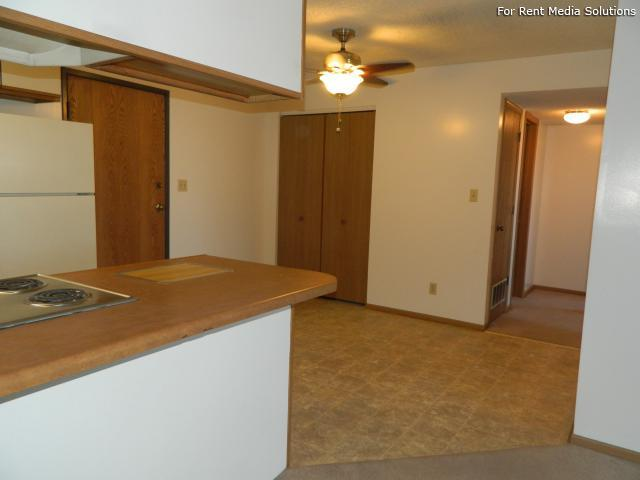 College Park Apartments, Lincoln, NE, 68505: Photo 17