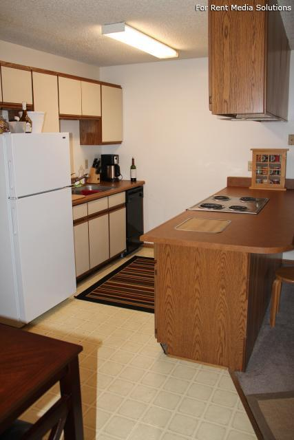 College Park Apartments, Lincoln, NE, 68505: Photo 19