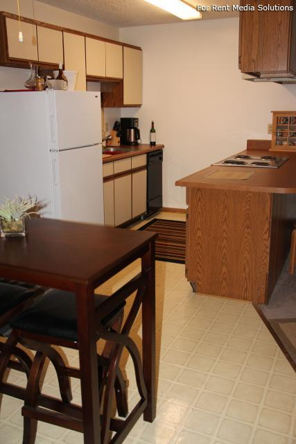 College Park Apartments, Lincoln, NE, 68505: Photo 20