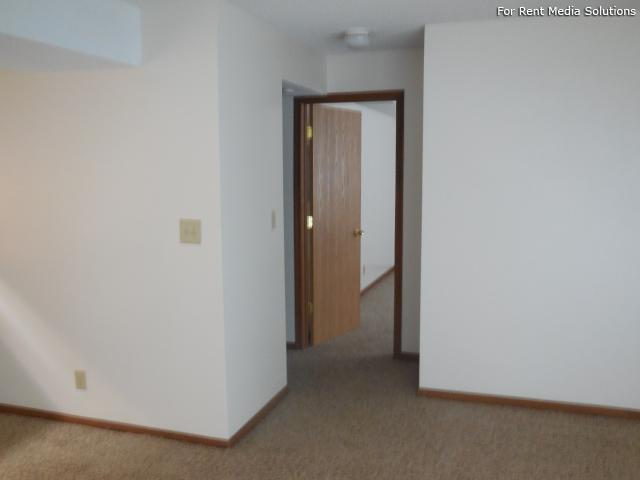 College Park Apartments, Lincoln, NE, 68505: Photo 23
